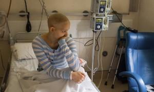 tratamente naturiste cancer versus chimioterapie